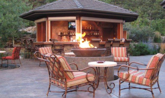 Magnificent Outdoor Living Spaces Fire Pits