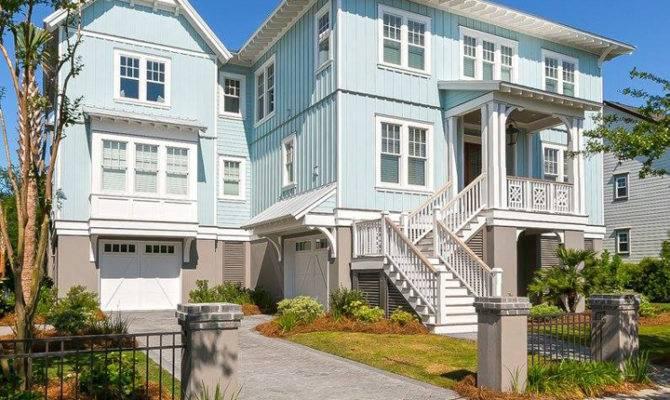 Mahshie Custom Homes House Turquoise