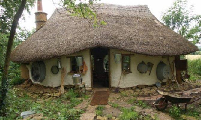 Michael Buck Small Cob Cottage Cost Just