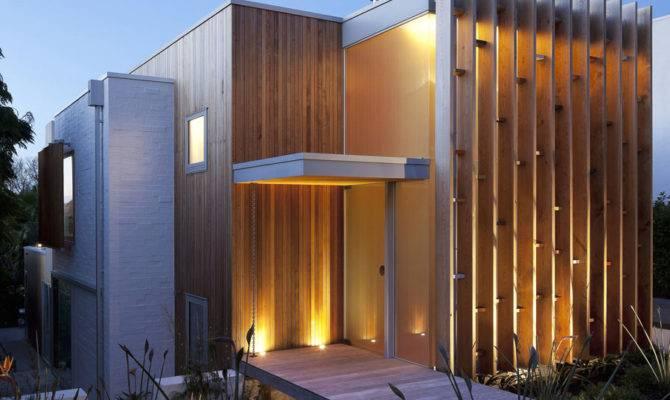 Modern Architecture Versus Vintage Interior