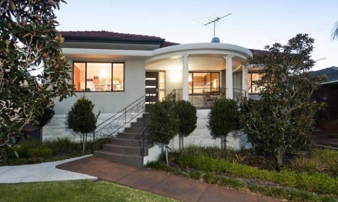 Modern Art Deco House Nerd