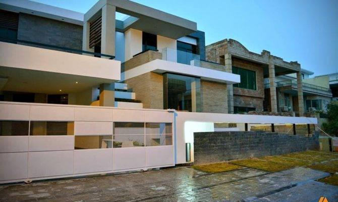 Modern Contemporary Kanal House Plan Basement Front