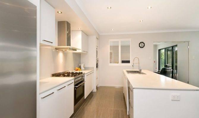 Modern Galley Kitchen Design Using Granite
