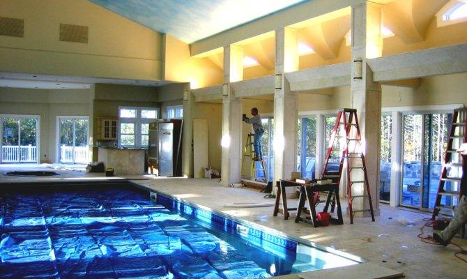 Modern House Indoor Pool