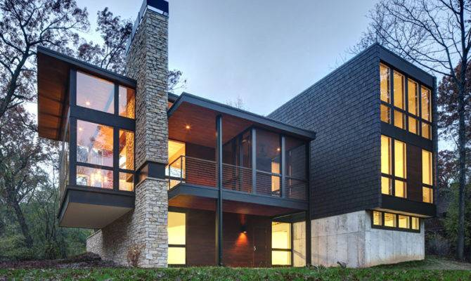 New Contemporary House Wisconsin Covered Stone