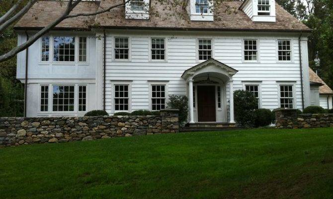New England Houses House Westport Maintains