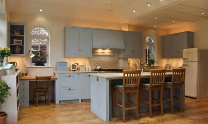 New England Style Bespoke Kitchen Wimbledon