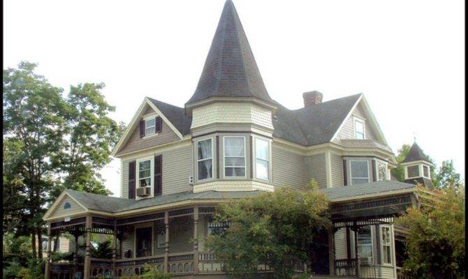 New Hampshire Home Magazine Victorian
