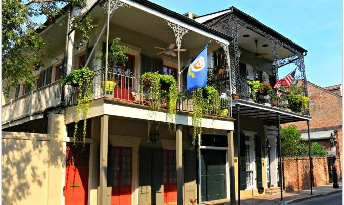 New Orleans French Quarter Govenor Nicholls Street Let Take