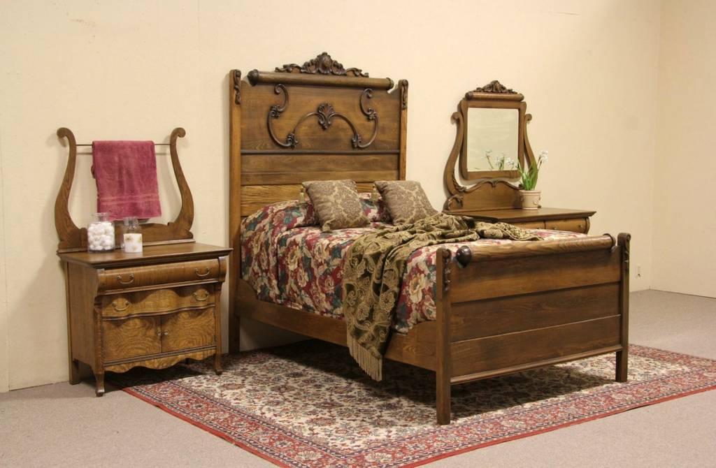Oak Victorian Antique Bedroom Set