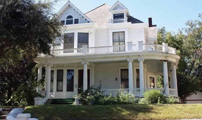 Old Farmhouse Plans Wrap Around Porches