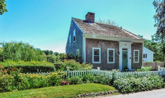 One Cape Cod Oldest Houses Sale Grover Street