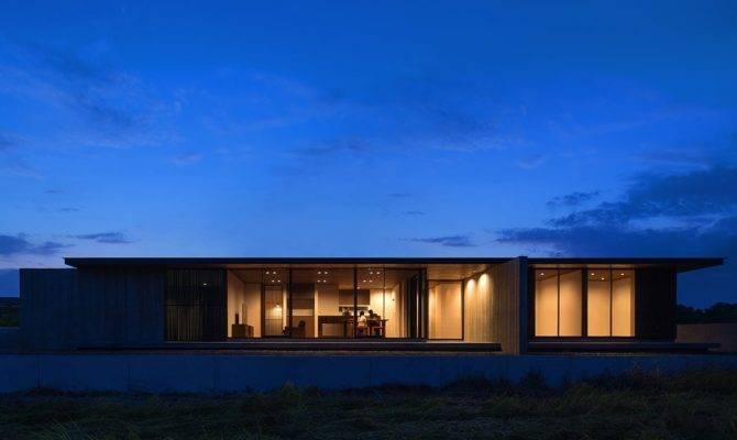 One Story Building Nakatsu Minimalist House Located