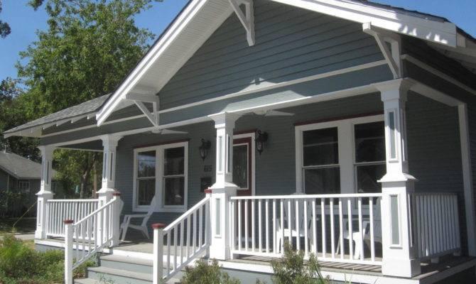 Other Houston Cozy Bungalow Porches
