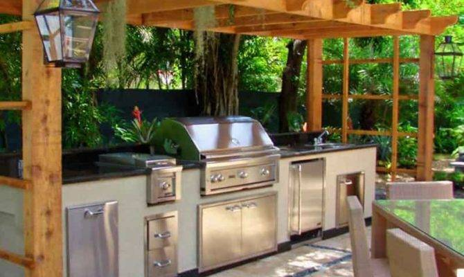 Outdoor Kitchens Grilling Stations