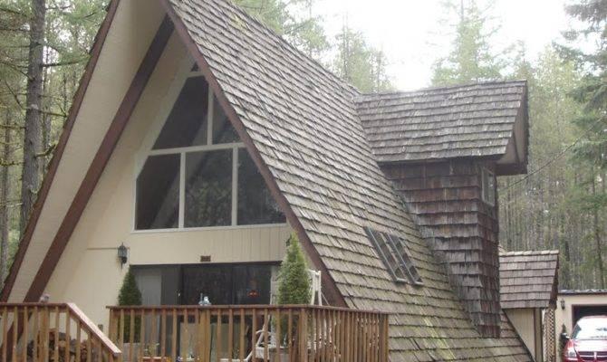Panoramio Frame House