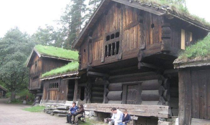 Panoramio Houses