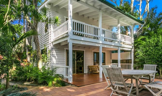 Paradise Dream Cottage Style House Plans