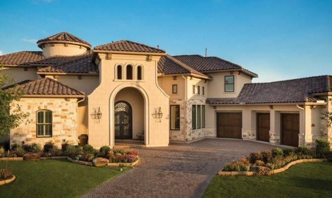 Partners Building Lake Travis Custom Homes