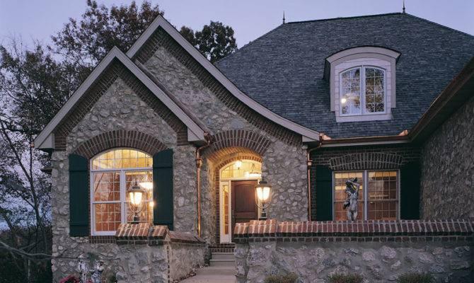Pebble Ridge Country French Plan House Plans