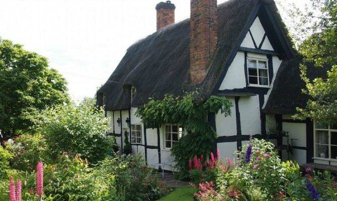 Pollyanna Cottage Cotswolds