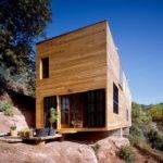 Post House Steep Slope Architektura