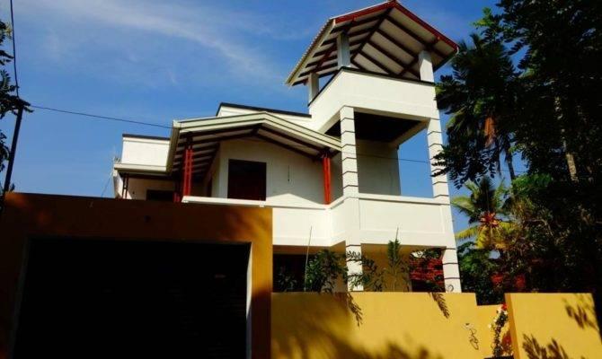 Properties Sri Lanka Brand New Upstairs House