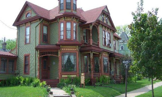Queen Anne Guest House Prices Reviews