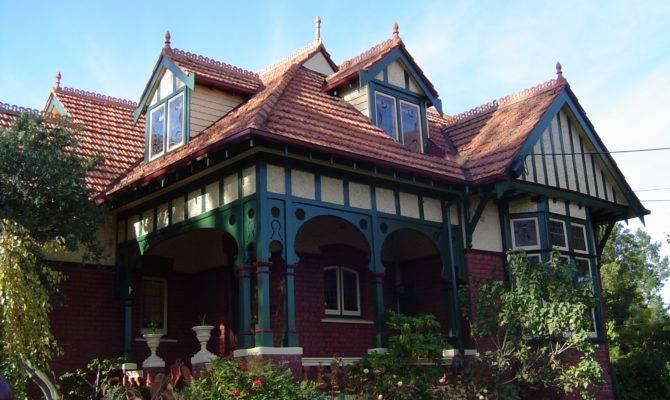 Queen Anne Style House Ivanhoe Victoria