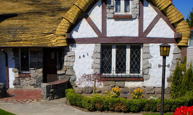 Real Fairy Tale Cottage Vancouver Davonna Juroe