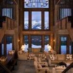 Rustic Mountain Retreat Big Sky Resembles Old Lodge