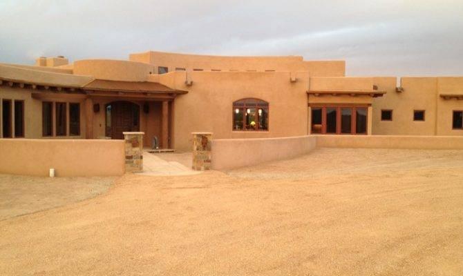 Santa Modern Adobe Southwestern Exterior