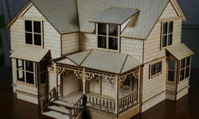 Scale Crockett House Victorian Style Dollhouse Doll