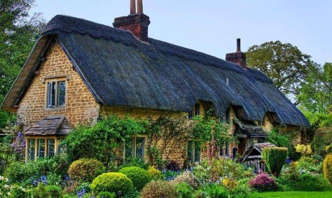 Scrapbook English Cottage Home Decorating