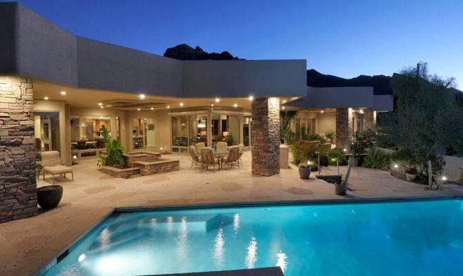 September Tucson Luxury Homes