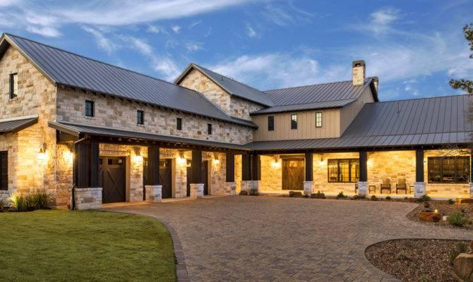 Seven Custom Homes Austin Home Builders