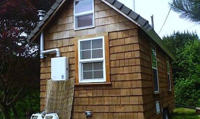 Shower Paradise Tiny House Wheels