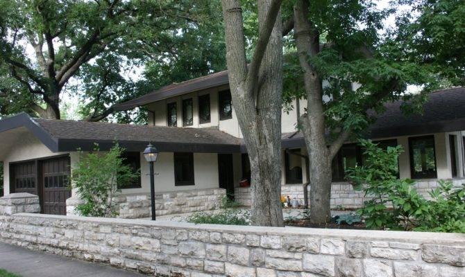 Sidewalk Identify Some Not All Prairie School Houses