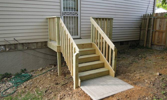 Simple Deck Stairs Landing Design Ideas
