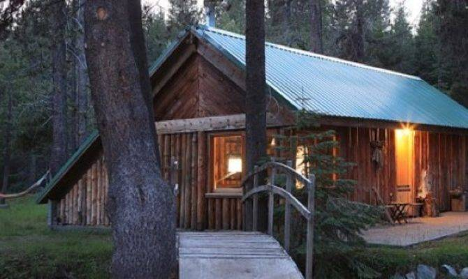 Simple Log Cabin Living Near Yosemite Tiny House Pins