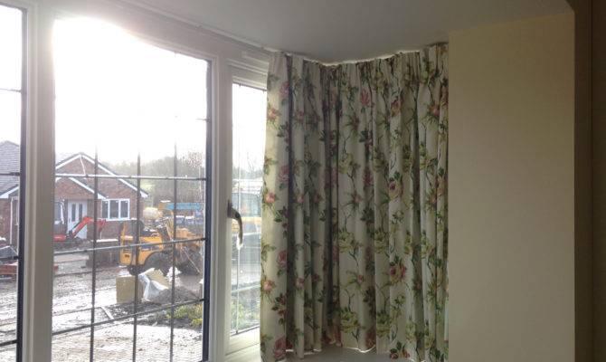 Simple Stylish Bay Window Curtains