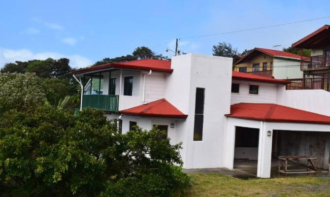 Spacious House Santa Elena Monteverde Arenal Guru