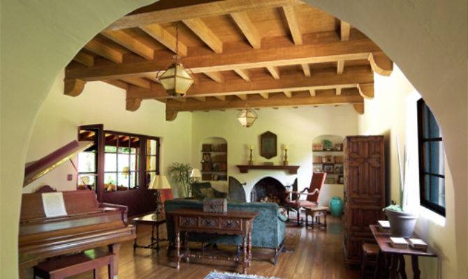 Spanish Colonial Revival Lzscene