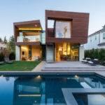 Split House California Offers Sustainable Summer