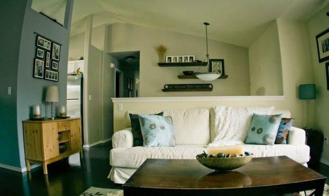 Split Level Living Room Love Shelves High Wall Long