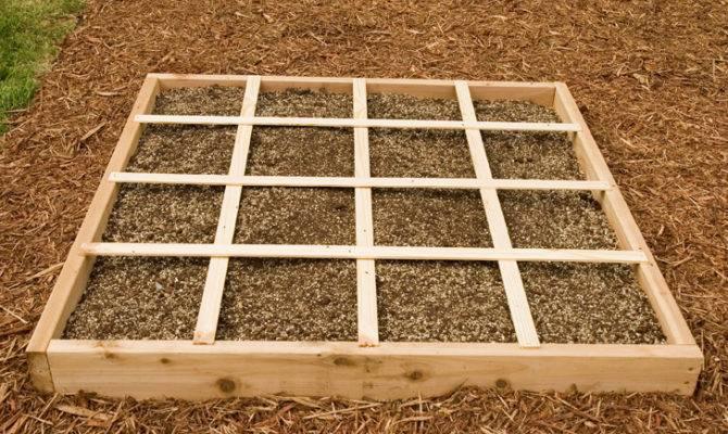 Square Foot Gardening Regole Per Coltivare Pensando Quadrati