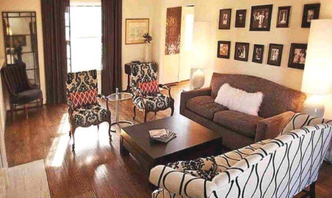 Square Living Room Layout Ideas Gopelling