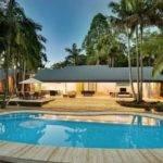 Stunning House Pool