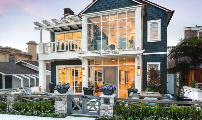 Stunning Modern Coastal Home Inspiring Details