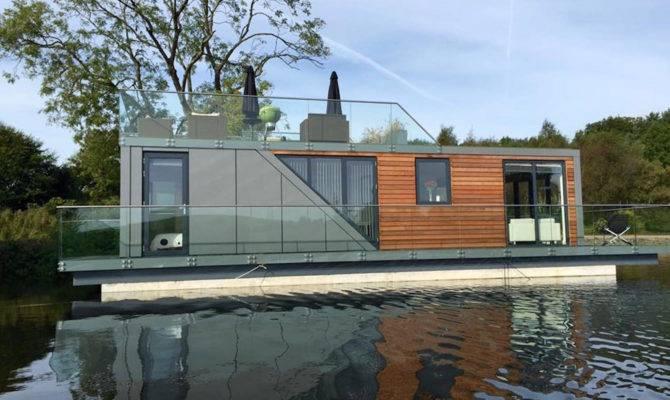 Stunning Prefab Houseboats Allow Live Water